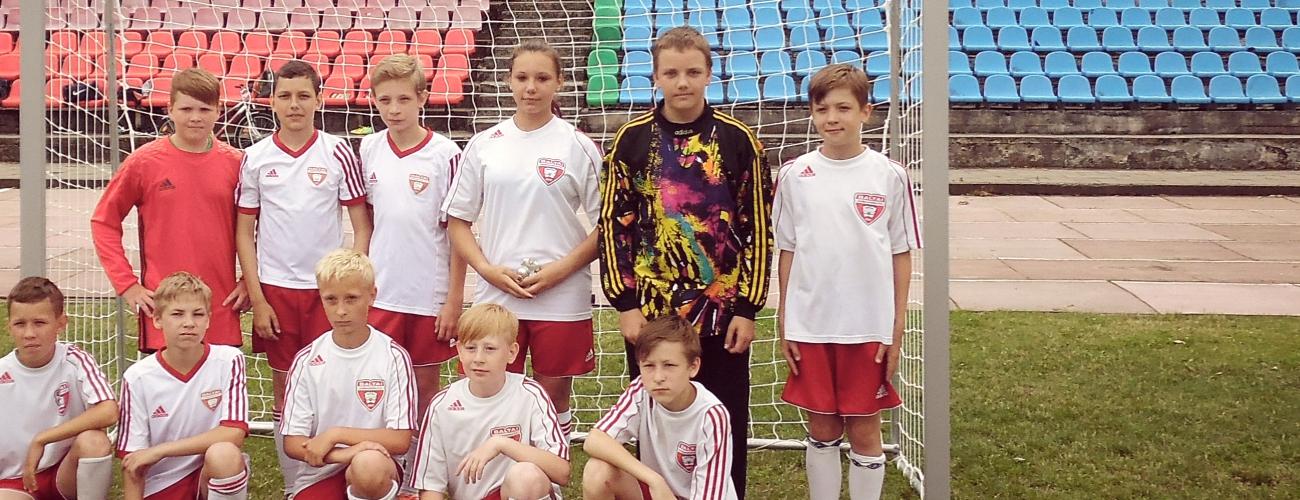 2003 M.G. KOMANDA DALYVAVO TURNYRE RASEINIUOSE